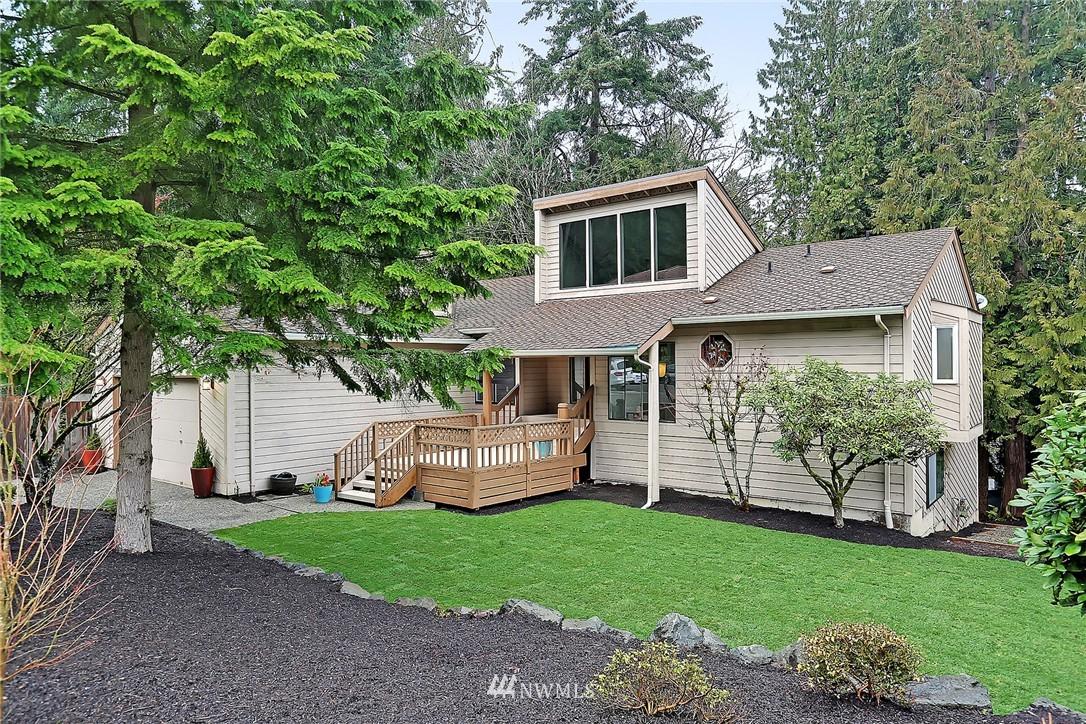 Sold Property | 17172 SE 40th Place Bellevue, WA 98008 0
