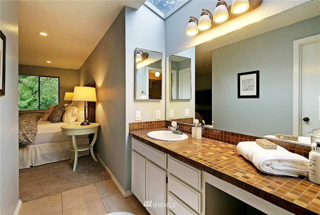 Sold Property | 17172 SE 40th Place Bellevue, WA 98008 10