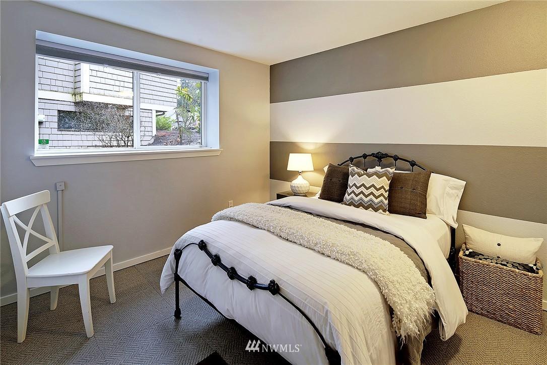 Sold Property | 17172 SE 40th Place Bellevue, WA 98008 15