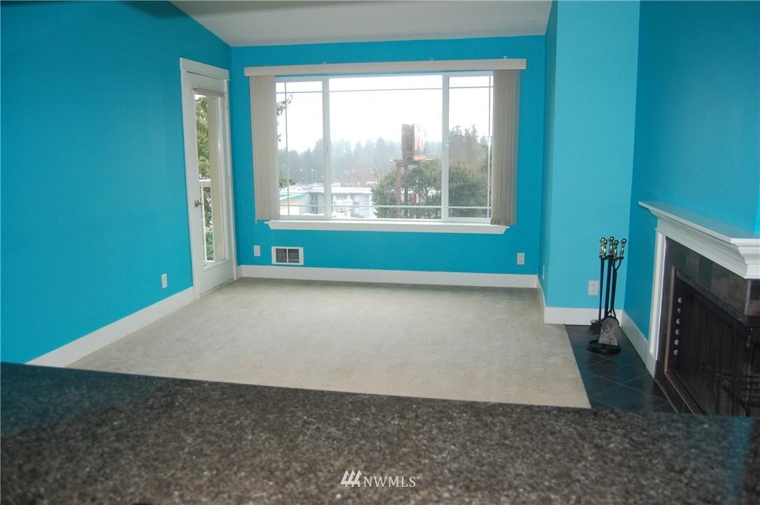 Sold Property | 937 N 200th Street #B303 Shoreline, WA 98133 8