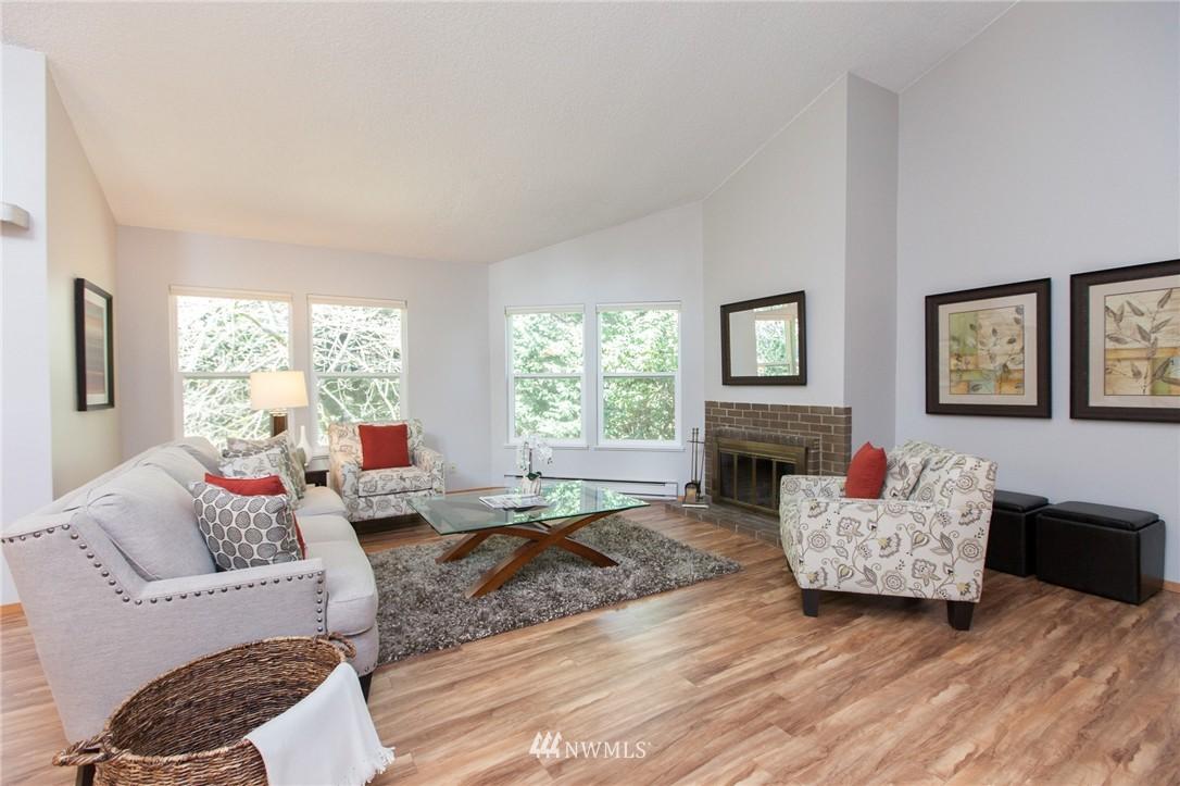 Sold Property | 14651 NE 40th Street #G2 Bellevue, WA 98007 0