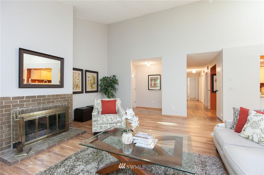 Sold Property | 14651 NE 40th Street #G2 Bellevue, WA 98007 1