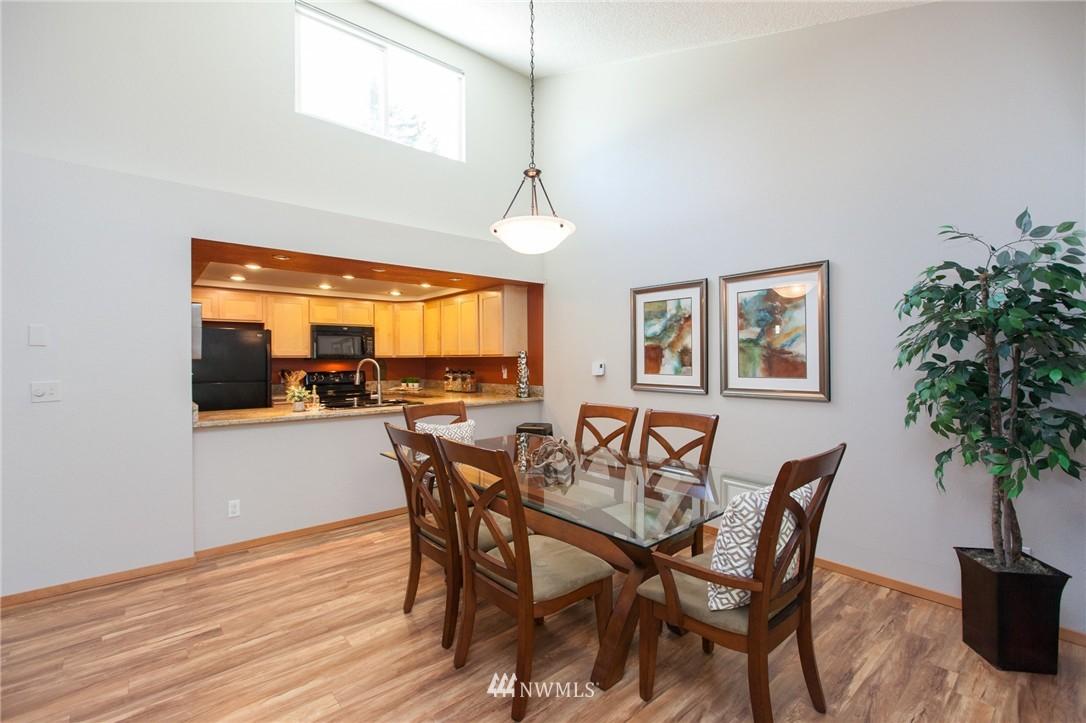 Sold Property | 14651 NE 40th Street #G2 Bellevue, WA 98007 5