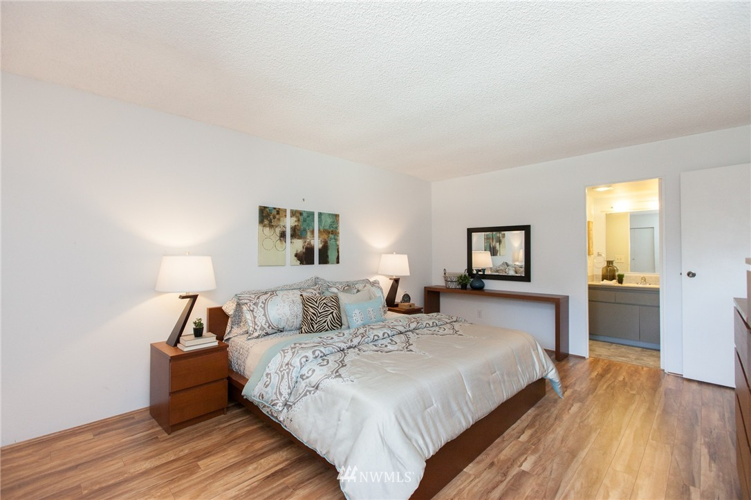 Sold Property | 14651 NE 40th Street #G2 Bellevue, WA 98007 10