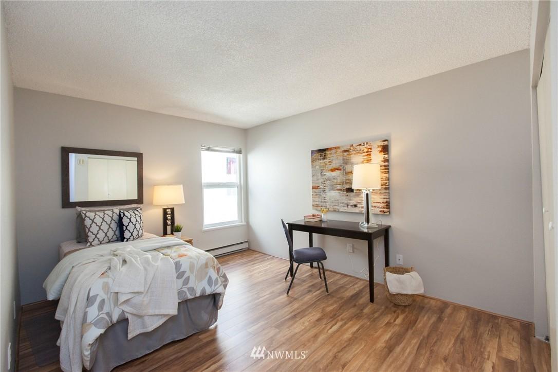 Sold Property | 14651 NE 40th Street #G2 Bellevue, WA 98007 13