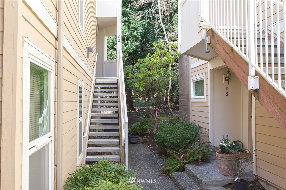 Sold Property | 14651 NE 40th Street #G2 Bellevue, WA 98007 21
