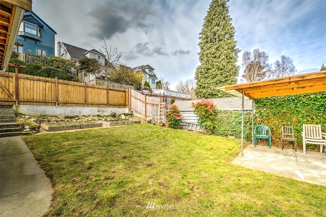 Sold Property   8045 19th Avenue NE Seattle, WA 98115 12
