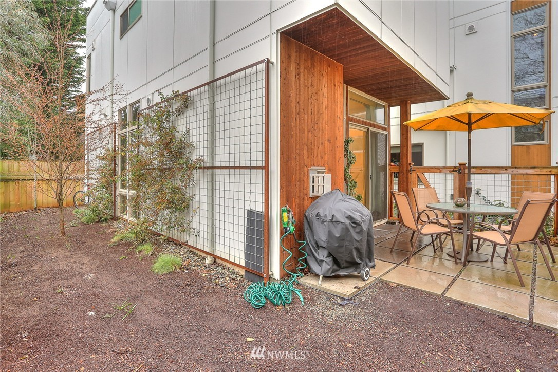 Sold Property | 1535 NW 58th Street Seattle, WA 98107 10