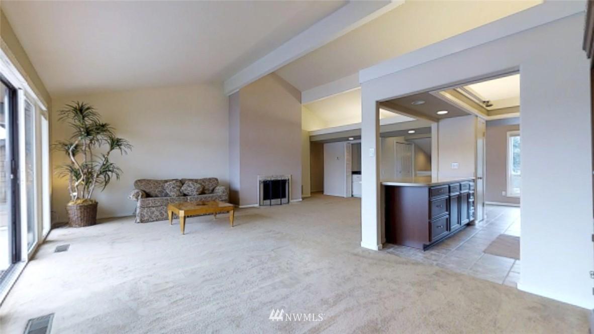 Sold Property   17412 NE 40th Place #A-6 Redmond, WA 98052 3