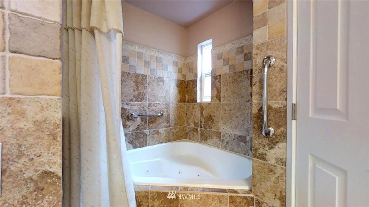 Sold Property   17412 NE 40th Place #A-6 Redmond, WA 98052 11