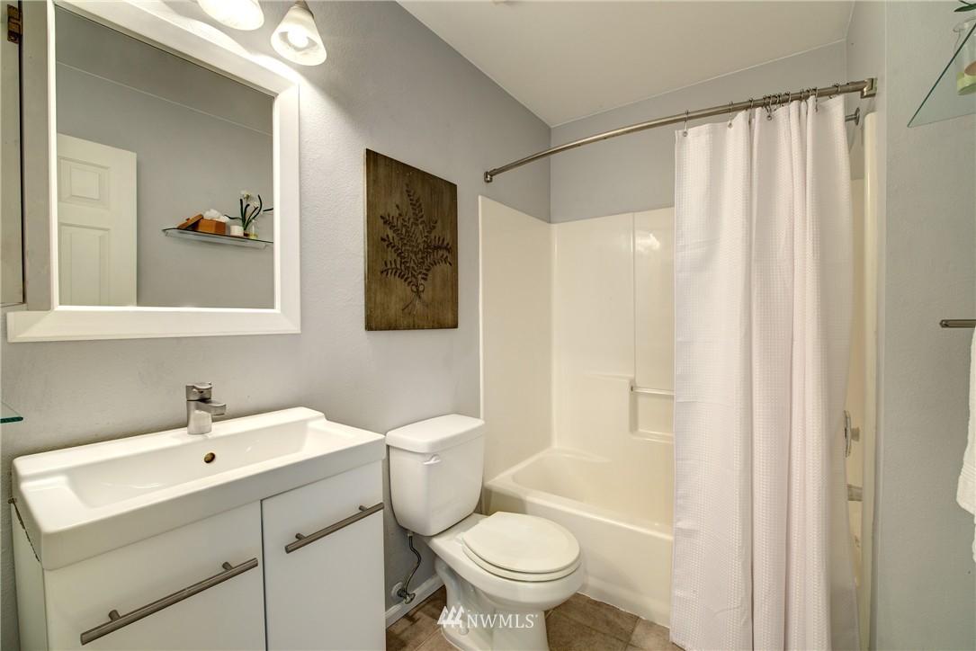 Sold Property | 3406 W Government Way #6 Seattle, WA 98199 12