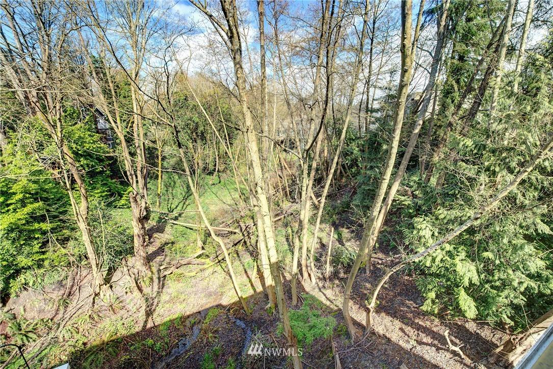 Sold Property | 3406 W Government Way #6 Seattle, WA 98199 7