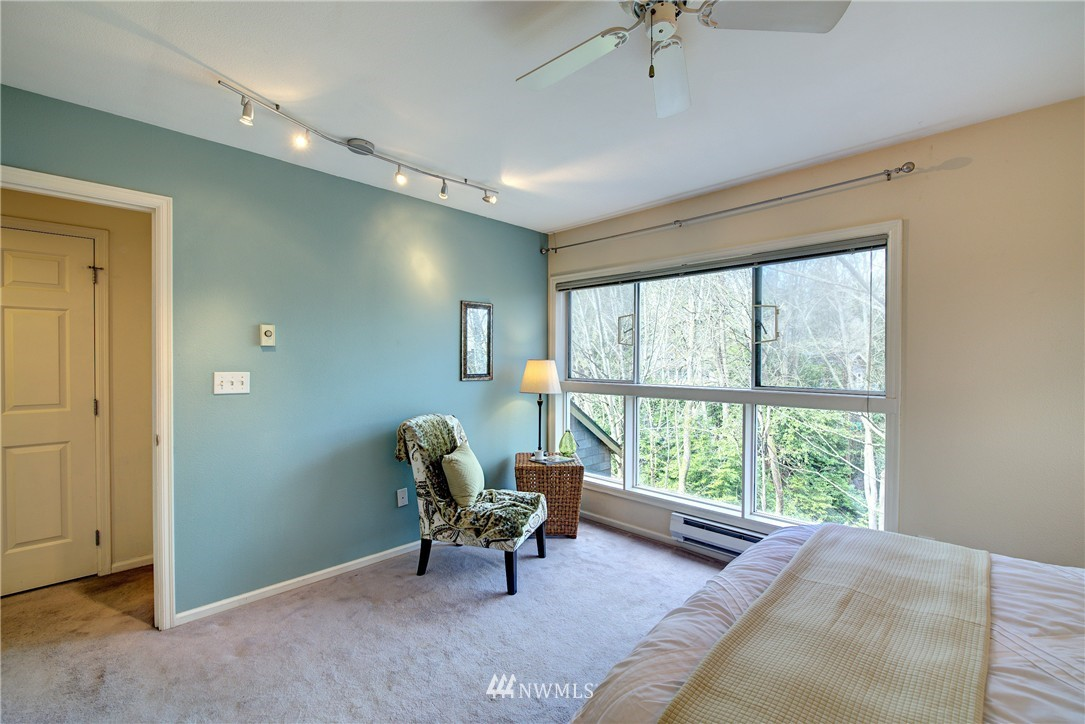 Sold Property | 3406 W Government Way #6 Seattle, WA 98199 9