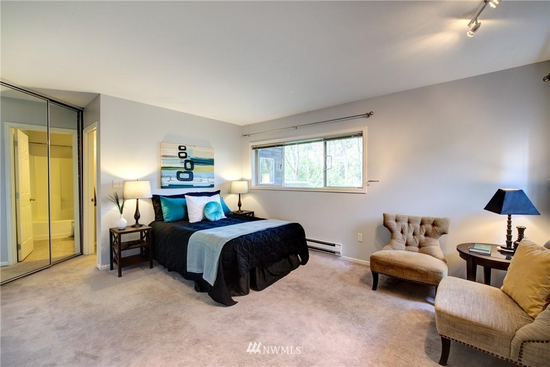 Sold Property | 3406 W Government Way #6 Seattle, WA 98199 14