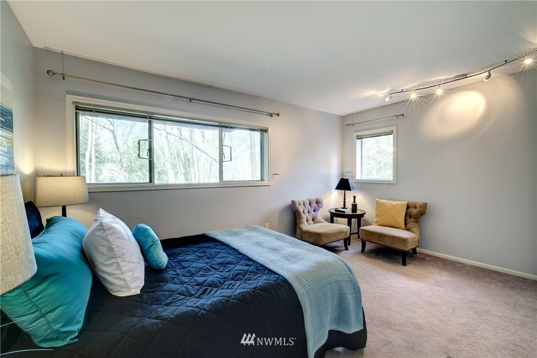 Sold Property | 3406 W Government Way #6 Seattle, WA 98199 15