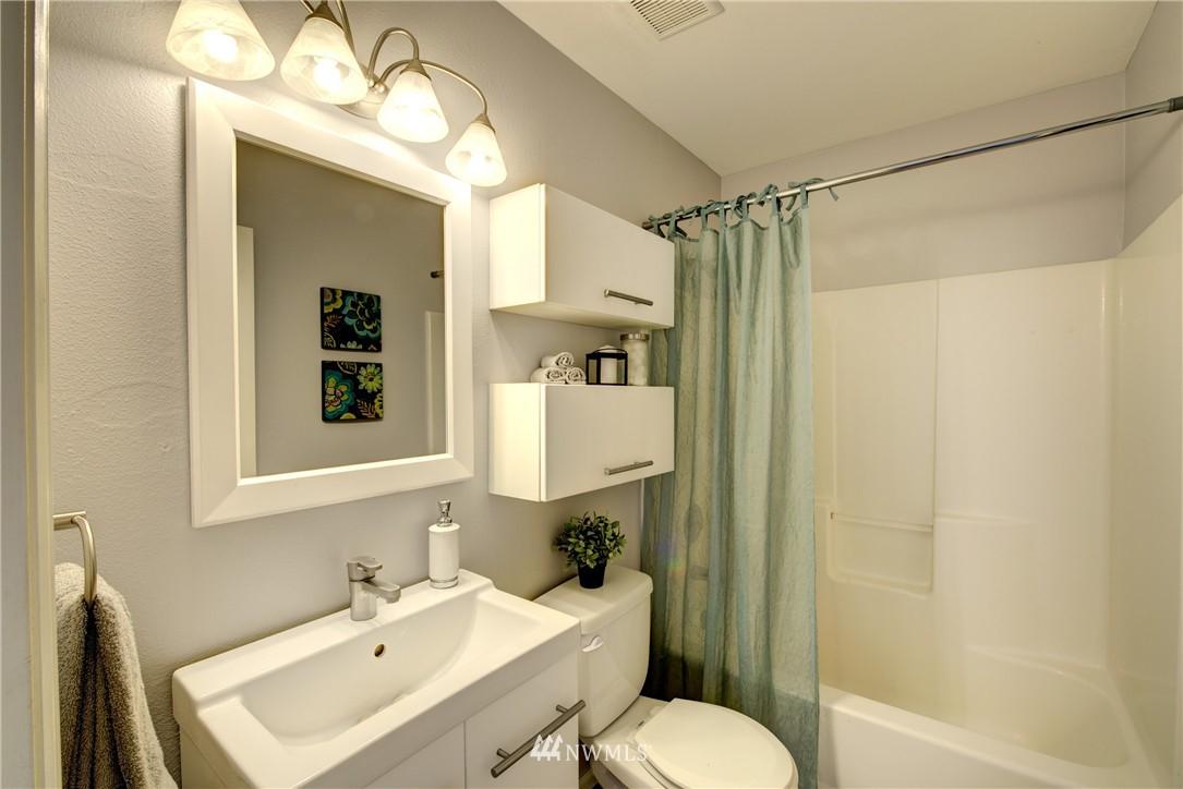 Sold Property | 3406 W Government Way #6 Seattle, WA 98199 16