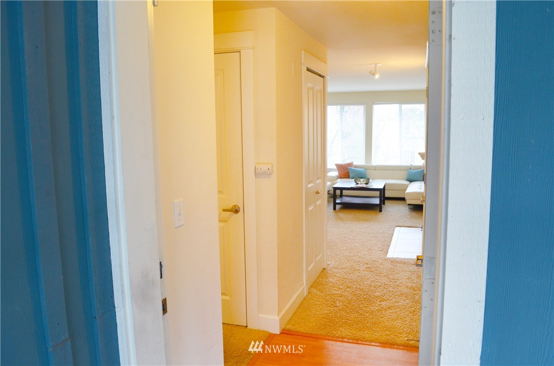 Sold Property | 300 N 130th Street #9-303 Seattle, WA 98133 0