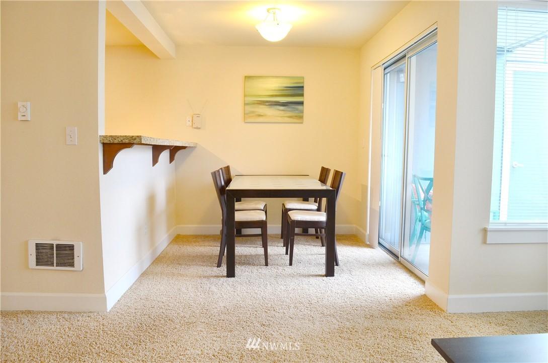 Sold Property | 300 N 130th Street #9-303 Seattle, WA 98133 3