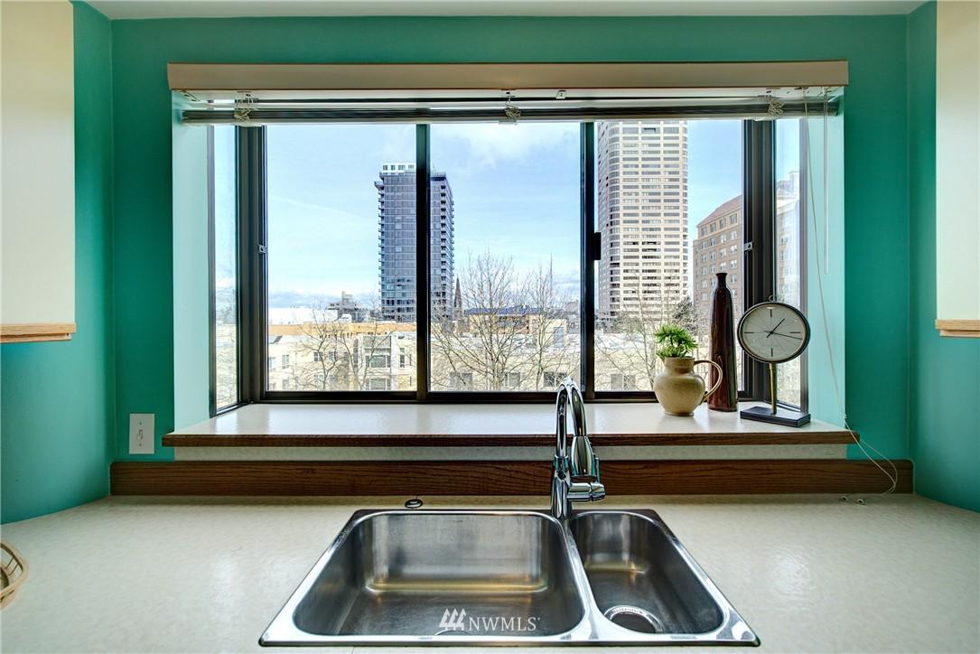 Sold Property | 1120 Spring Street #602 Seattle, WA 98104 9
