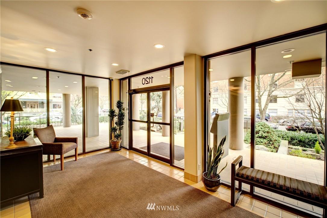 Sold Property | 1120 Spring Street #602 Seattle, WA 98104 17