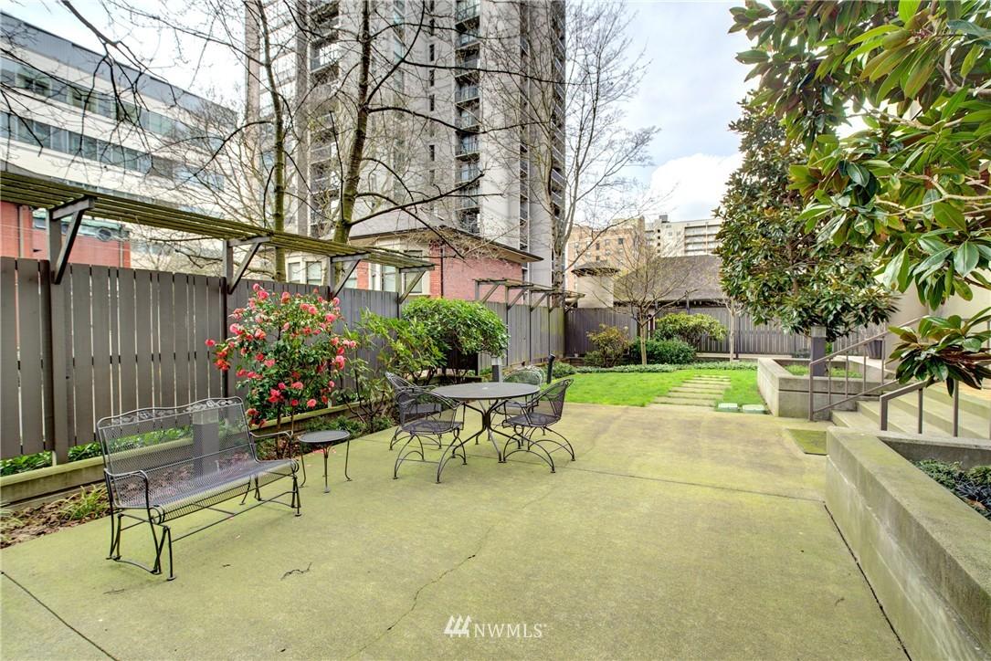 Sold Property | 1120 Spring Street #602 Seattle, WA 98104 19
