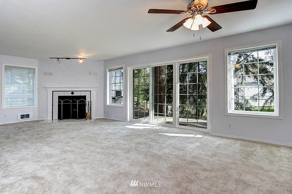 Sold Property | 11708 Admiralty Way #A Everett, WA 98204 2