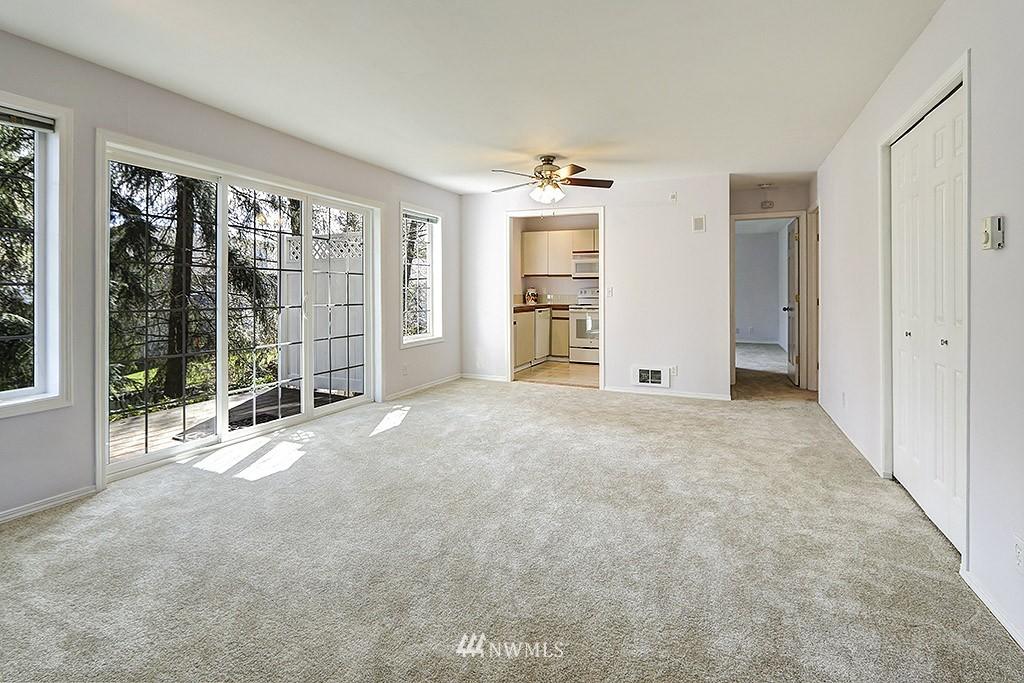 Sold Property | 11708 Admiralty Way #A Everett, WA 98204 3