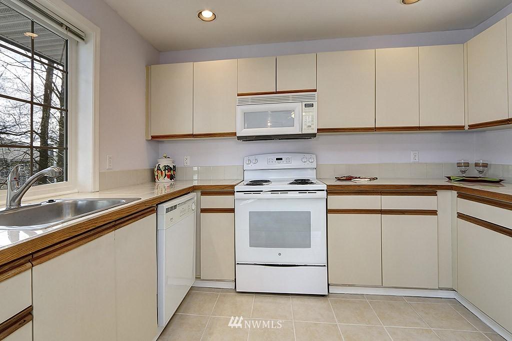 Sold Property | 11708 Admiralty Way #A Everett, WA 98204 6