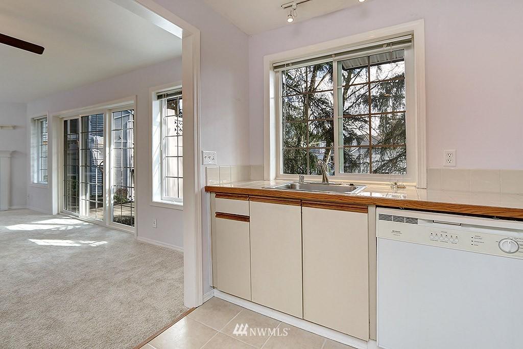 Sold Property | 11708 Admiralty Way #A Everett, WA 98204 8