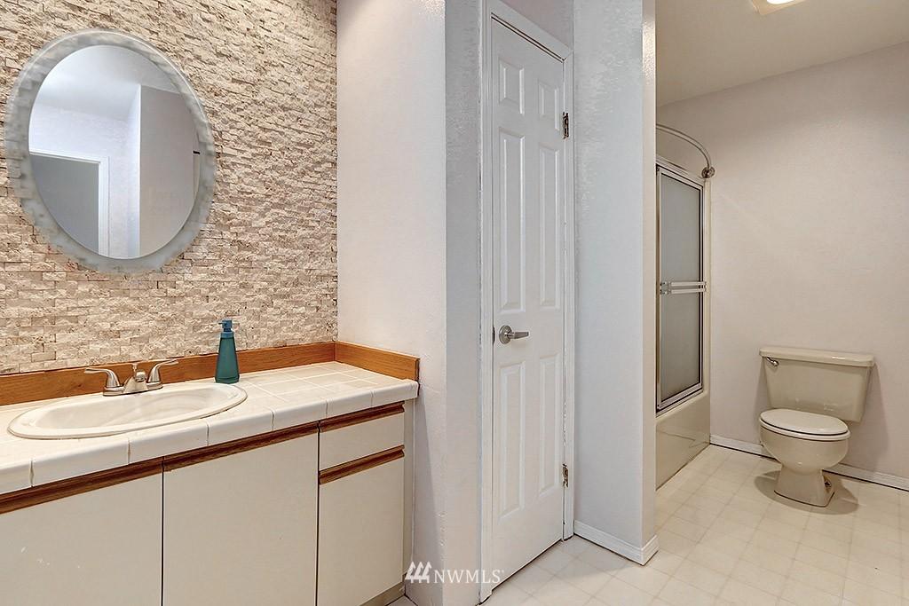Sold Property | 11708 Admiralty Way #A Everett, WA 98204 14