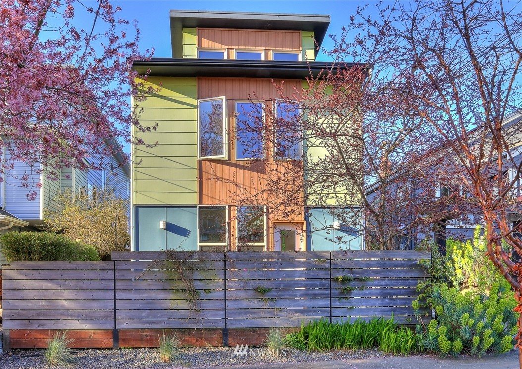 Sold Property   912 NW 51st Street #B Seattle, WA 98107 0