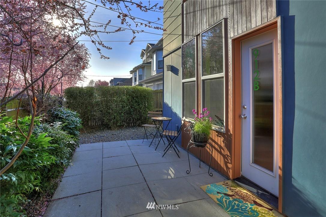 Sold Property   912 NW 51st Street #B Seattle, WA 98107 21