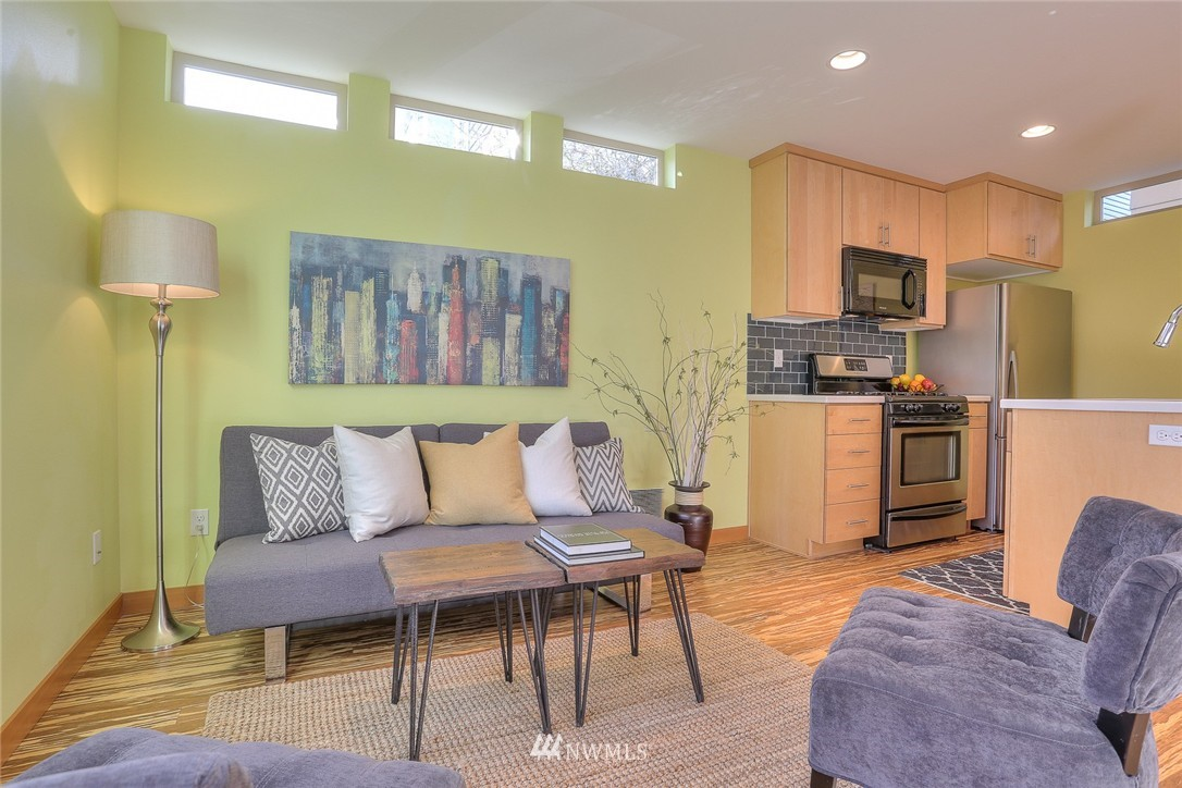 Sold Property   912 NW 51st Street #B Seattle, WA 98107 3