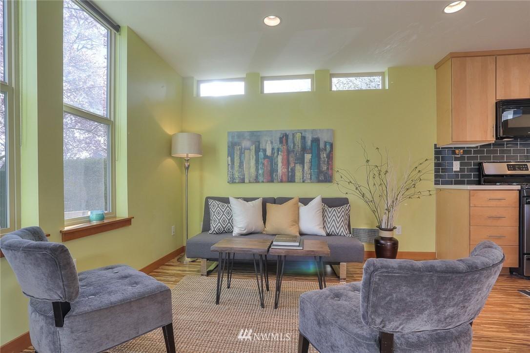 Sold Property   912 NW 51st Street #B Seattle, WA 98107 4