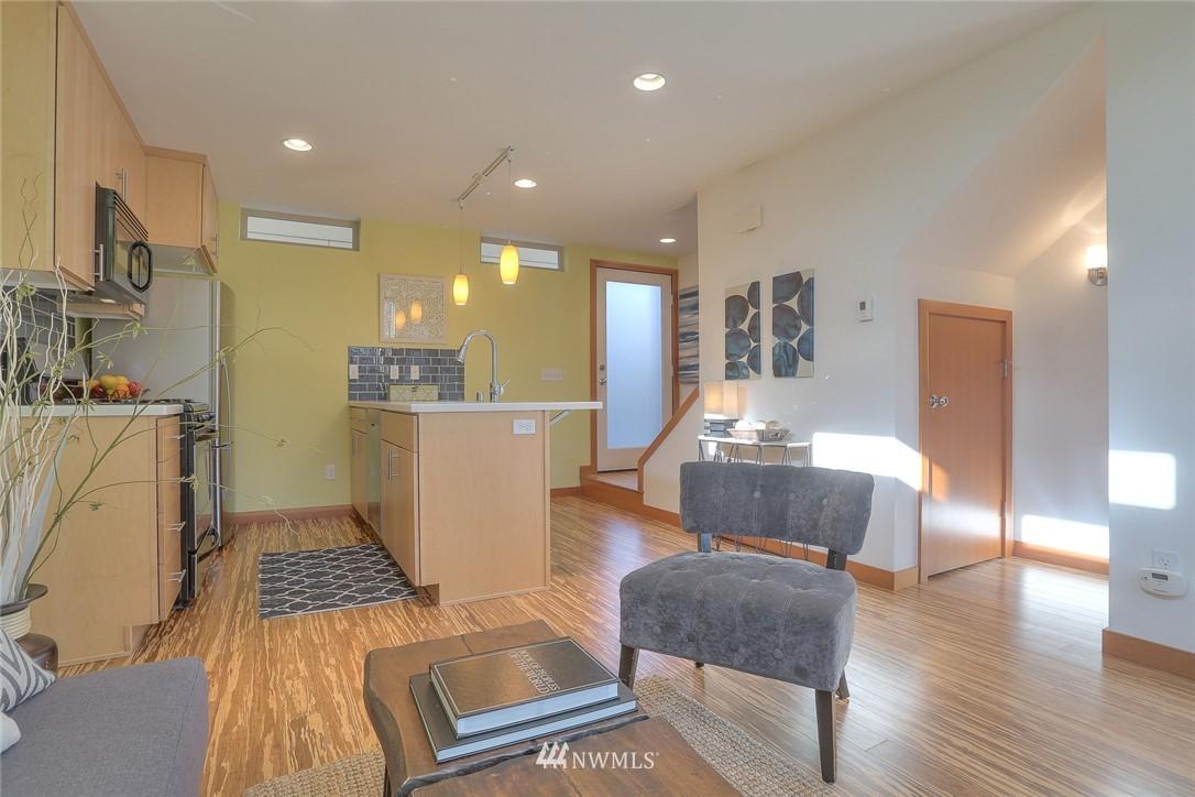Sold Property   912 NW 51st Street #B Seattle, WA 98107 5