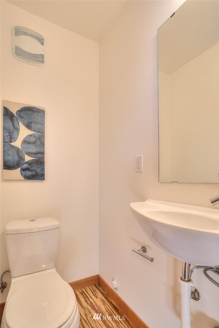Sold Property   912 NW 51st Street #B Seattle, WA 98107 9