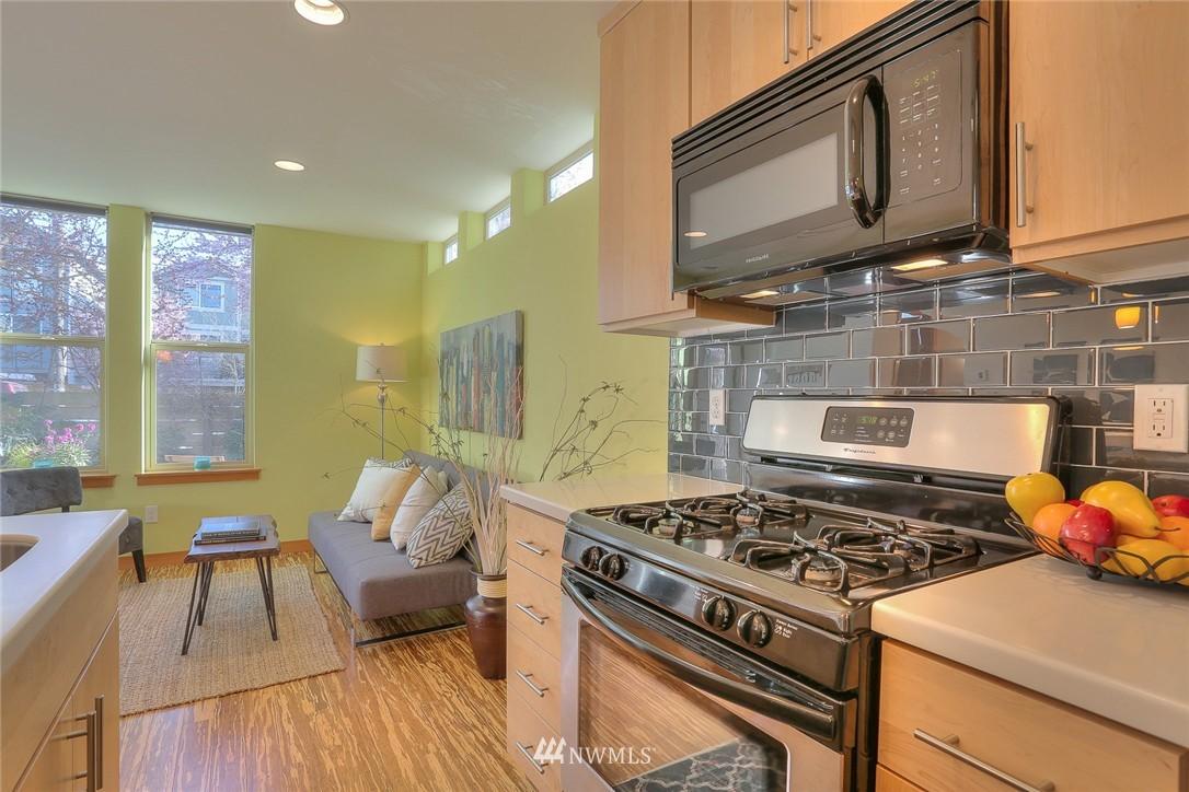 Sold Property   912 NW 51st Street #B Seattle, WA 98107 6