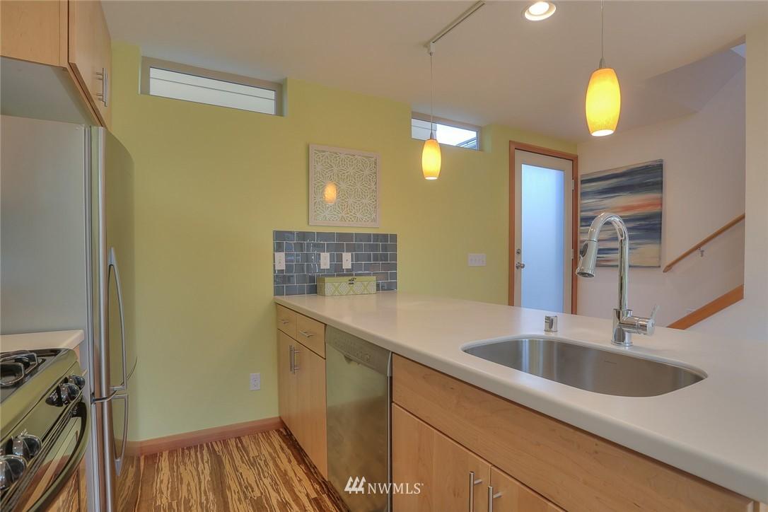 Sold Property   912 NW 51st Street #B Seattle, WA 98107 7