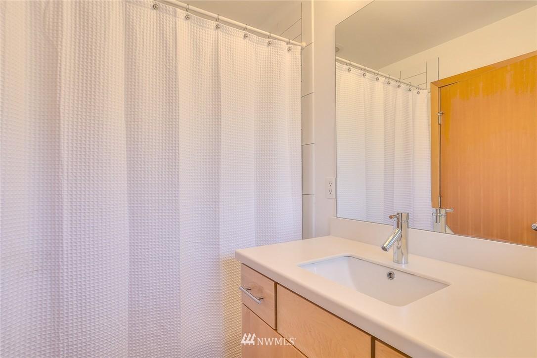 Sold Property   912 NW 51st Street #B Seattle, WA 98107 16