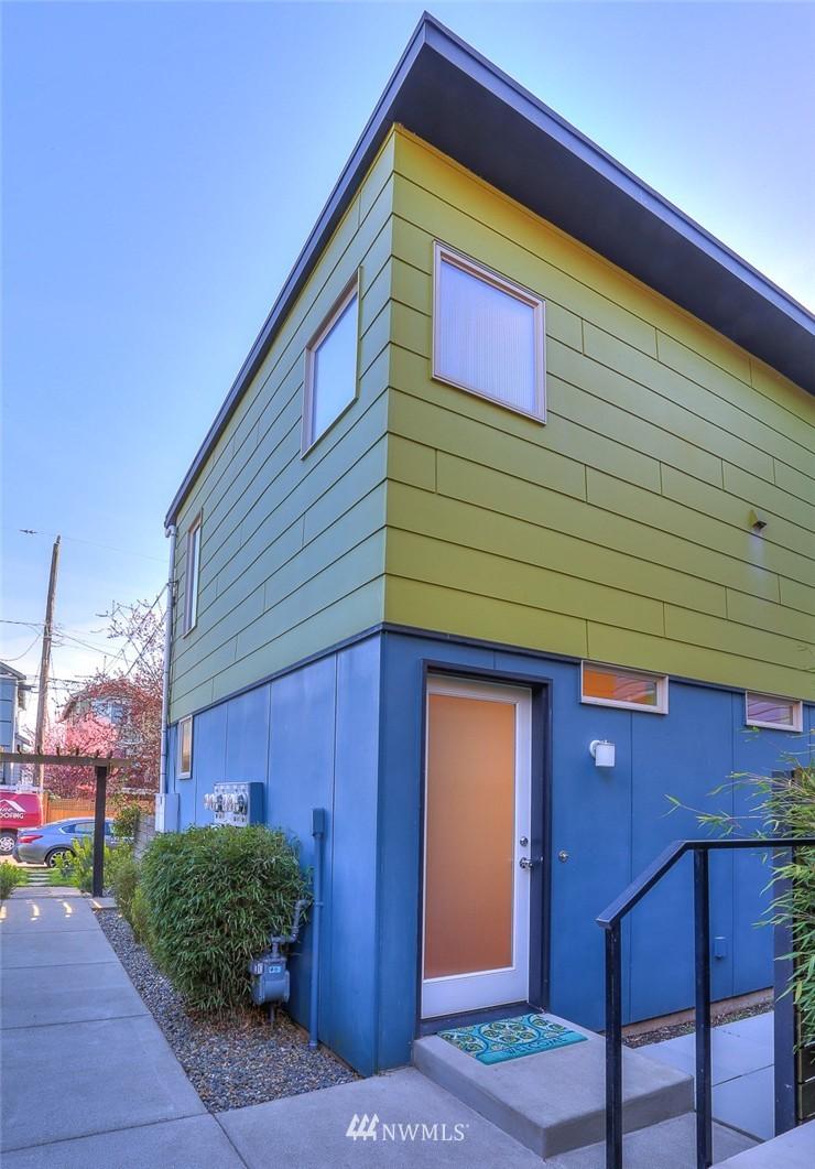 Sold Property   912 NW 51st Street #B Seattle, WA 98107 17