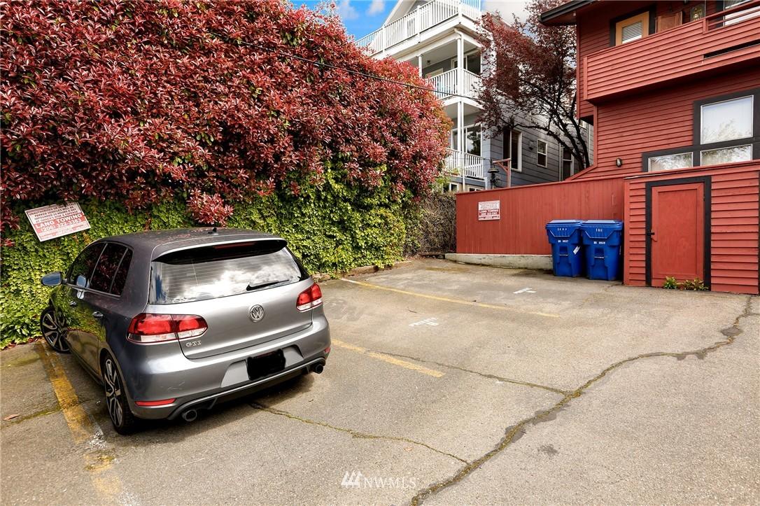 Sold Property | 1111 15th Avenue #8 Seattle, WA 98122 17