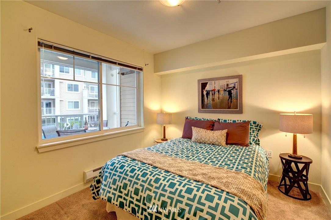 Sold Property   1545 NW 57 Street #322 Seattle, WA 98107 10