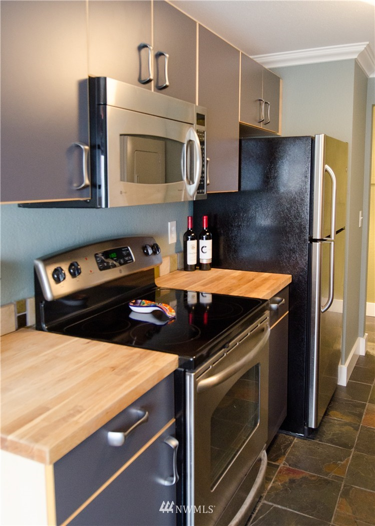 Sold Property   6200 24th Avenue NW #103 Seattle, WA 98107 6