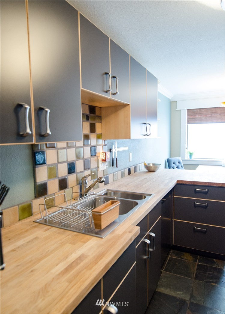 Sold Property   6200 24th Avenue NW #103 Seattle, WA 98107 7
