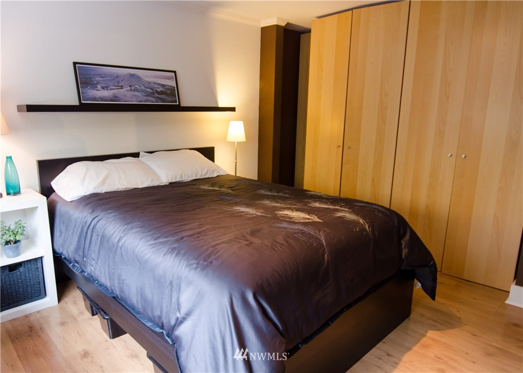 Sold Property   6200 24th Avenue NW #103 Seattle, WA 98107 10