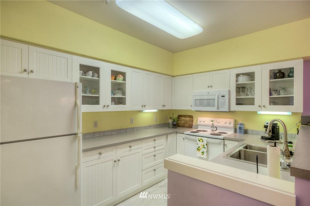 Sold Property | 15026 40th Avenue W #7-301 Lynnwood, WA 98087 8