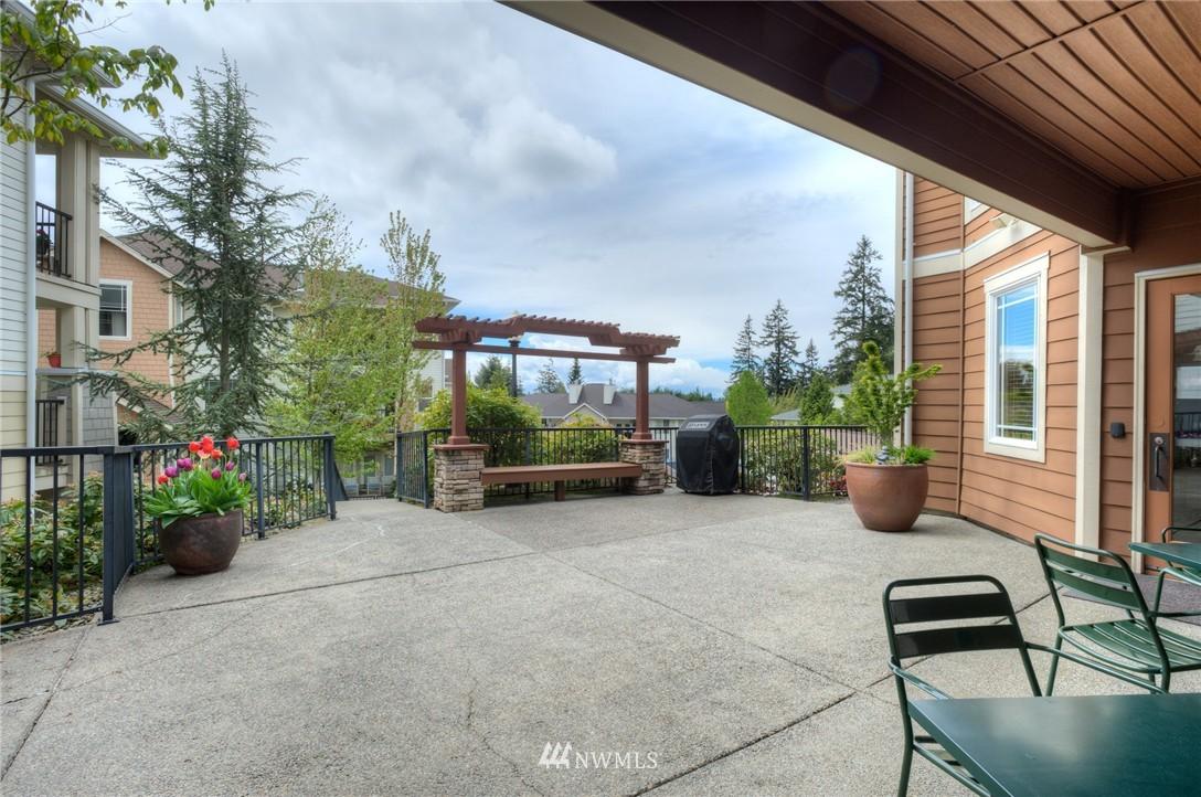 Sold Property | 15026 40th Avenue W #7-301 Lynnwood, WA 98087 15