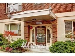 Sold Property | 214 Summit Avenue E #208 Seattle, WA 98102 1
