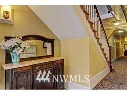 Sold Property | 214 Summit Avenue E #208 Seattle, WA 98102 2