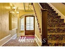 Sold Property | 214 Summit Avenue E #208 Seattle, WA 98102 3